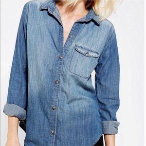 BDG // Chambray Button Up Shirt